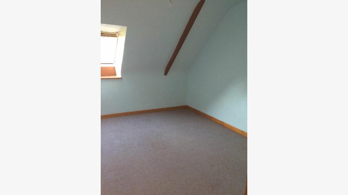 Location Appartement 3 pièces à Callac - vignette-5