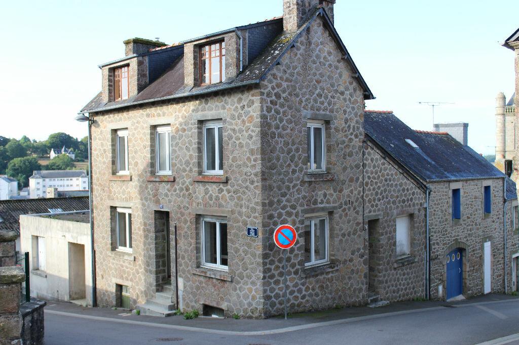 Achat Maison 5 pièces à Rostrenen - vignette-1