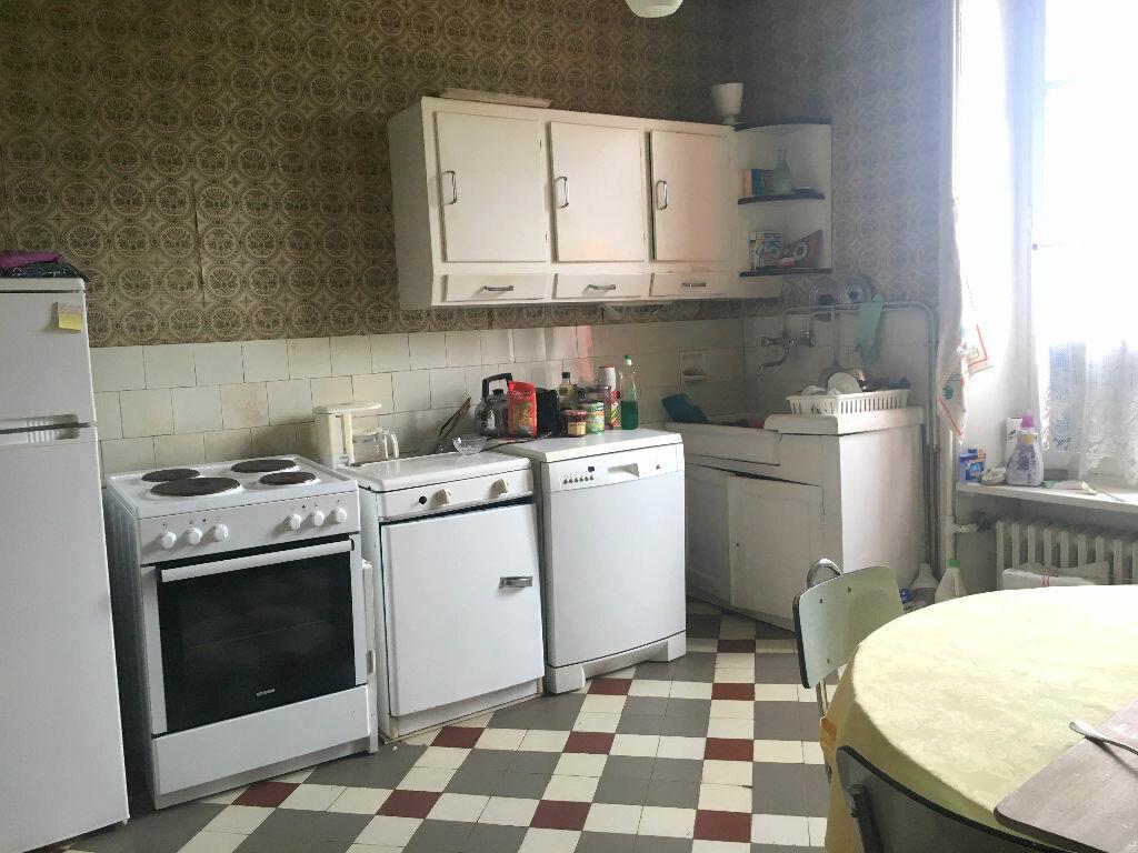 Achat Maison 7 pièces à Carhaix-Plouguer - vignette-3