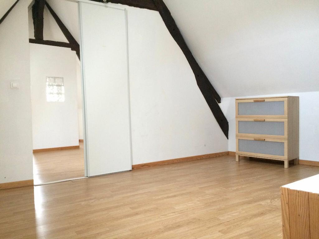 Location Appartement 3 pièces à Rostrenen - vignette-2
