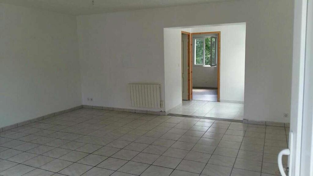 Achat Maison 4 pièces à Cléden-Poher - vignette-4