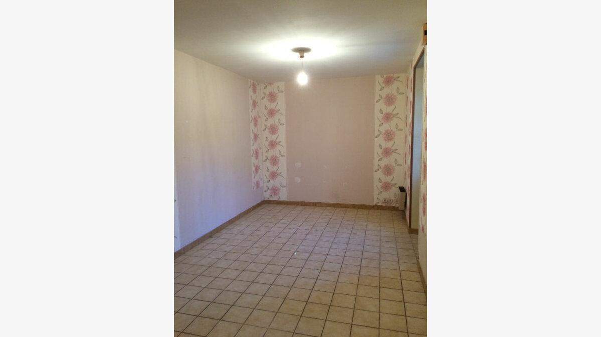 Location Appartement 2 pièces à Callac - vignette-4