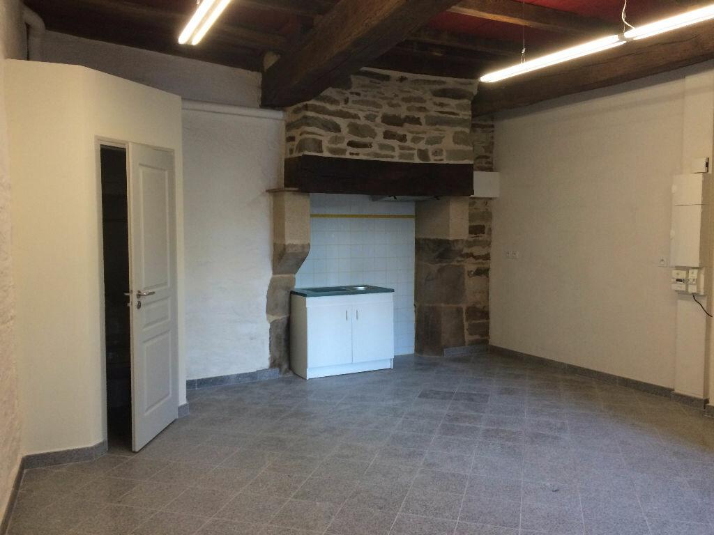 Location Appartement 3 pièces à La Tour - vignette-1