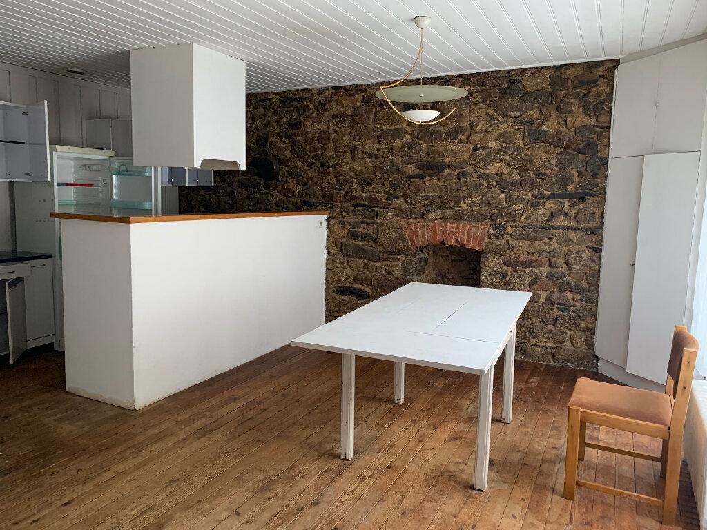 Achat Maison 7 pièces à Rostrenen - vignette-3