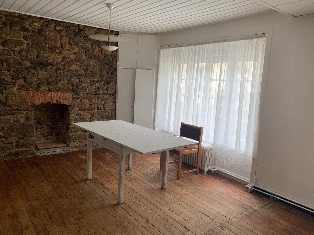 Achat Maison 7 pièces à Rostrenen - vignette-4