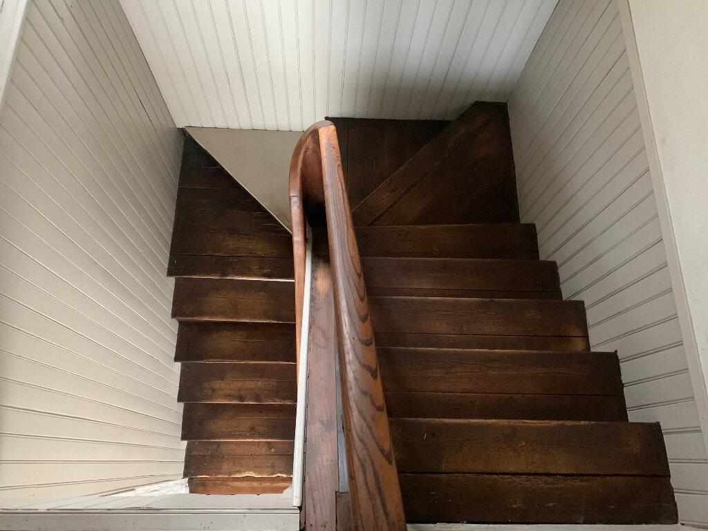Achat Maison 7 pièces à Rostrenen - vignette-11