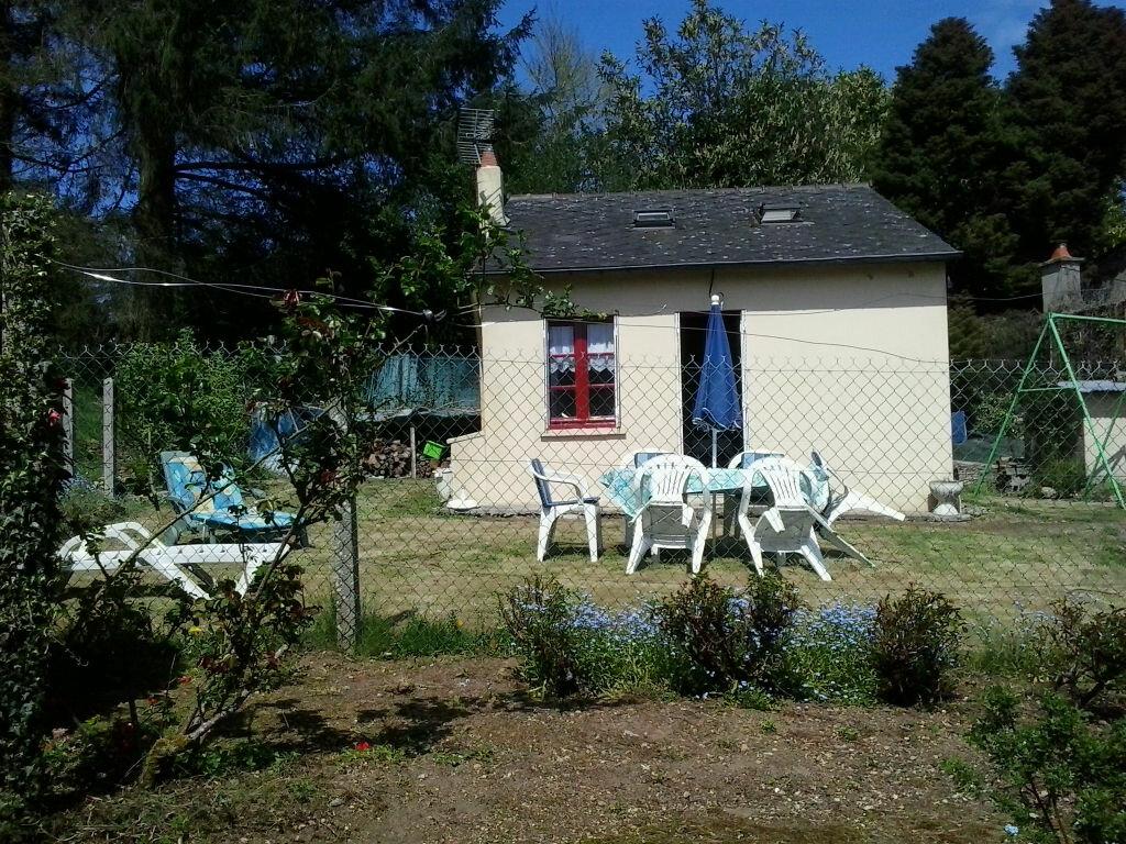 Achat Maison 2 pièces à Saint-Nicolas-du-Pélem - vignette-1