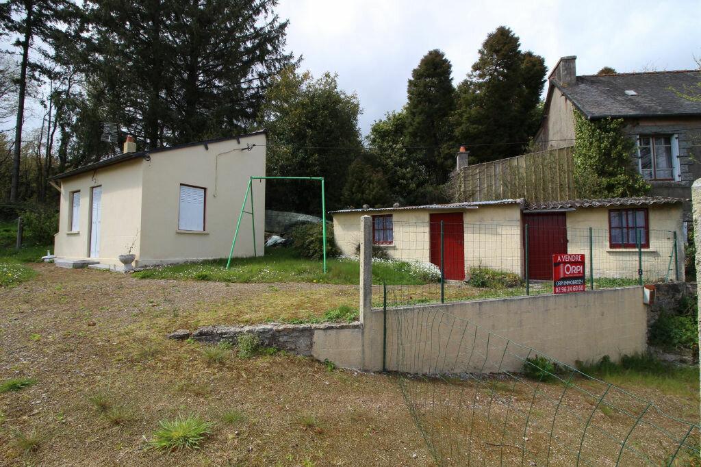 Achat Maison 2 pièces à Saint-Nicolas-du-Pélem - vignette-2