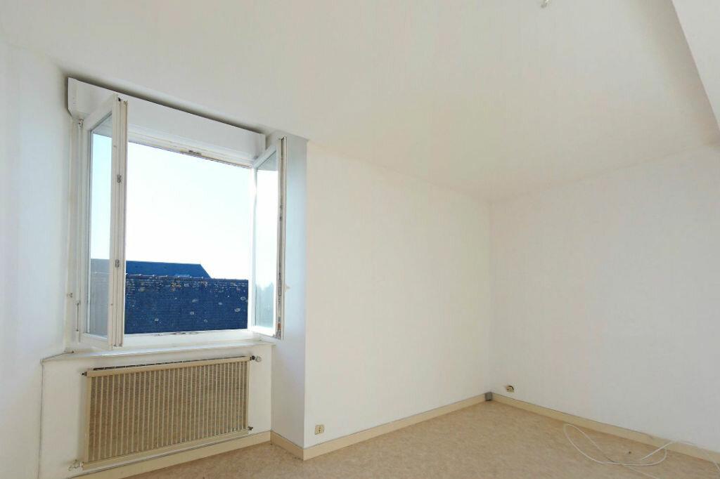 Achat Appartement 1 pièce à Guingamp - vignette-1