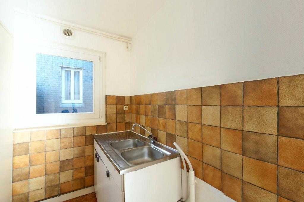 Achat Appartement 1 pièce à Guingamp - vignette-2