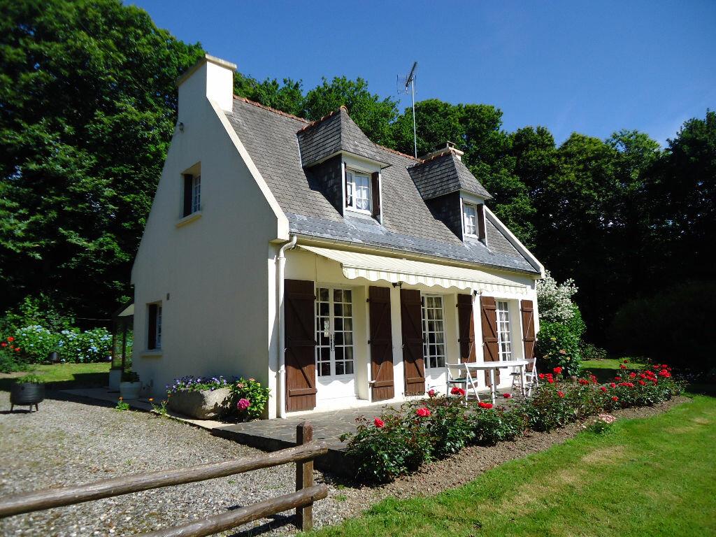Achat Maison 4 pièces à Saint-Gelven - vignette-1