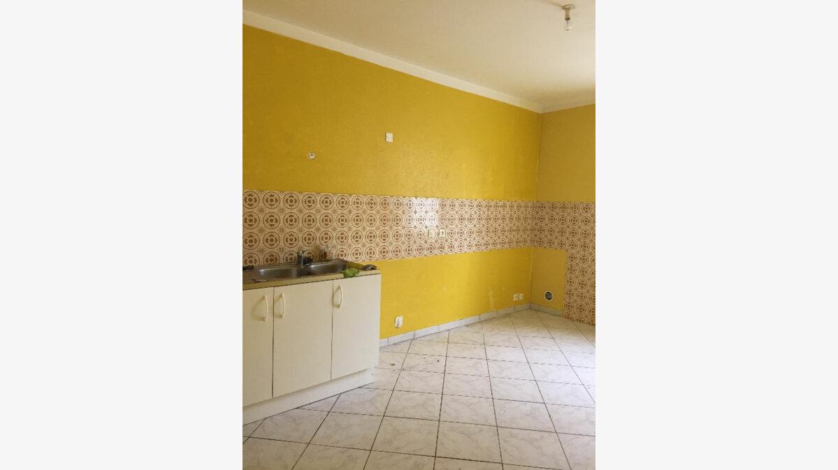 Location Appartement 4 pièces à Guingamp - vignette-6