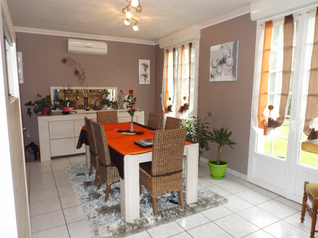 Achat Maison 6 pièces à Saint-Hernin - vignette-3