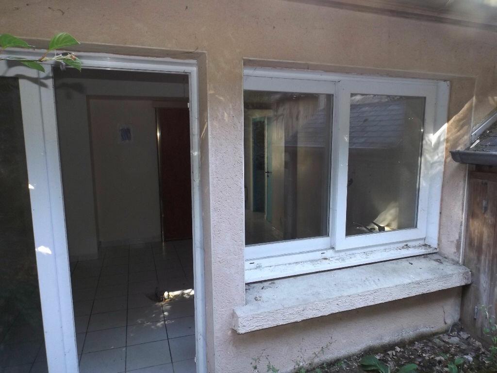 Achat Maison 4 pièces à Belle-Isle-en-Terre - vignette-3