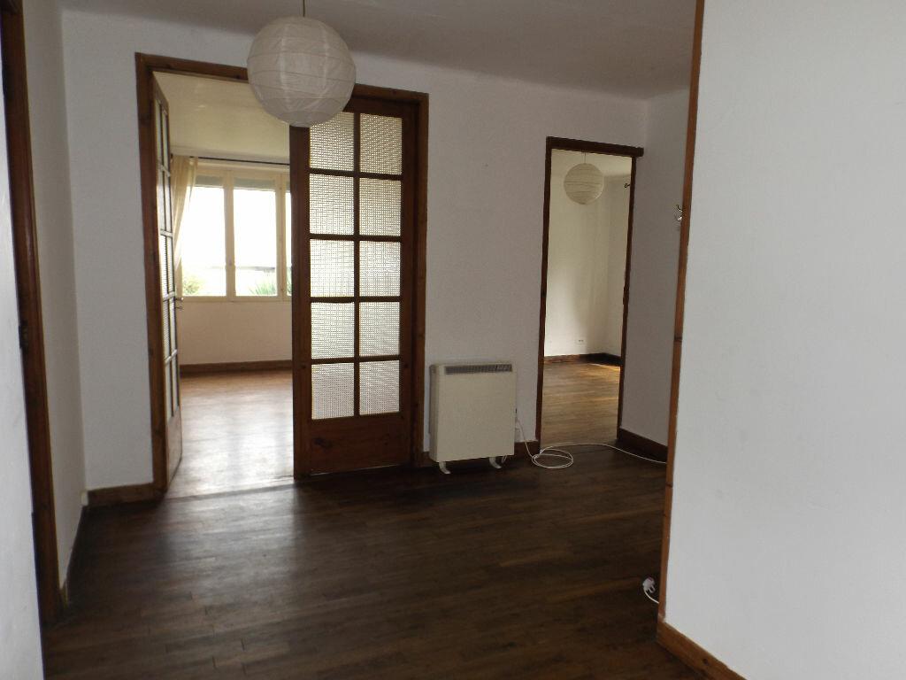 Achat Maison 4 pièces à Carhaix-Plouguer - vignette-8
