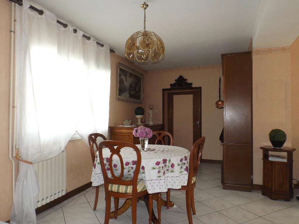 Achat Maison 5 pièces à Guingamp - vignette-4
