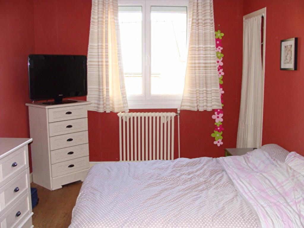 Achat Appartement 3 pièces à Guingamp - vignette-4