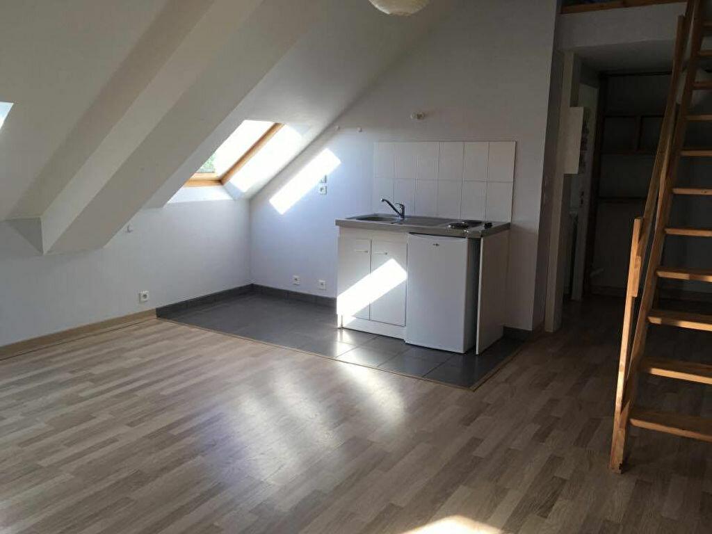 Location Appartement 2 pièces à Carhaix-Plouguer - vignette-1