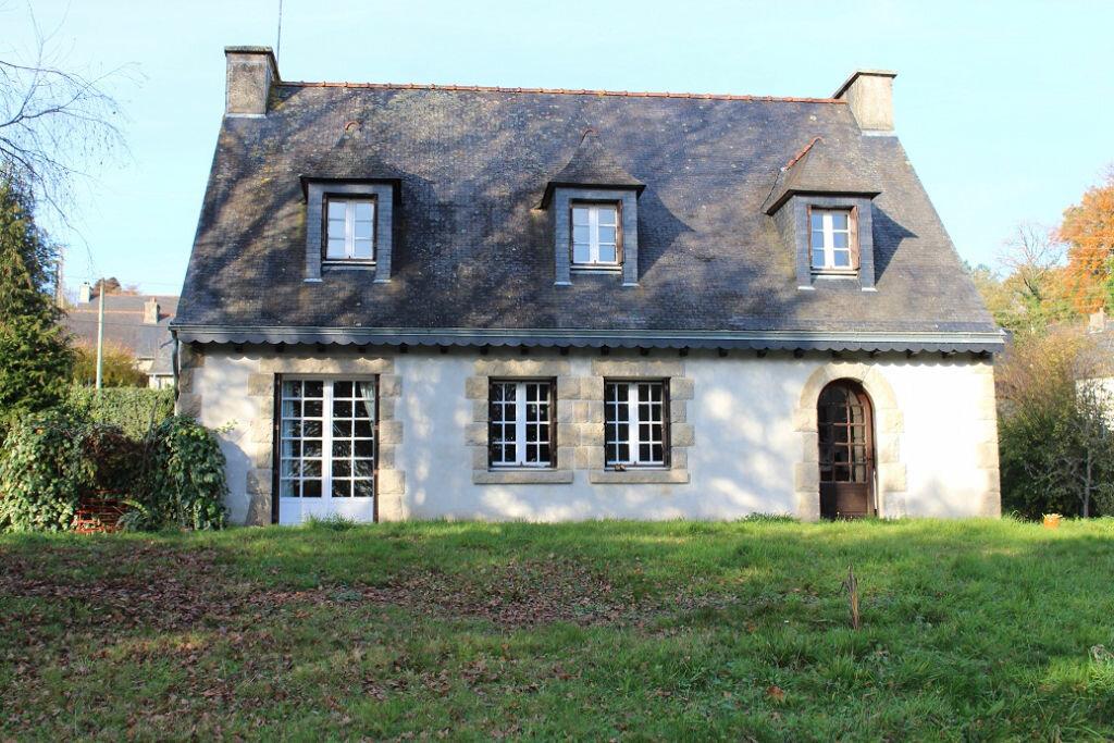 Achat Maison 7 pièces à Saint-Nicolas-du-Pélem - vignette-1