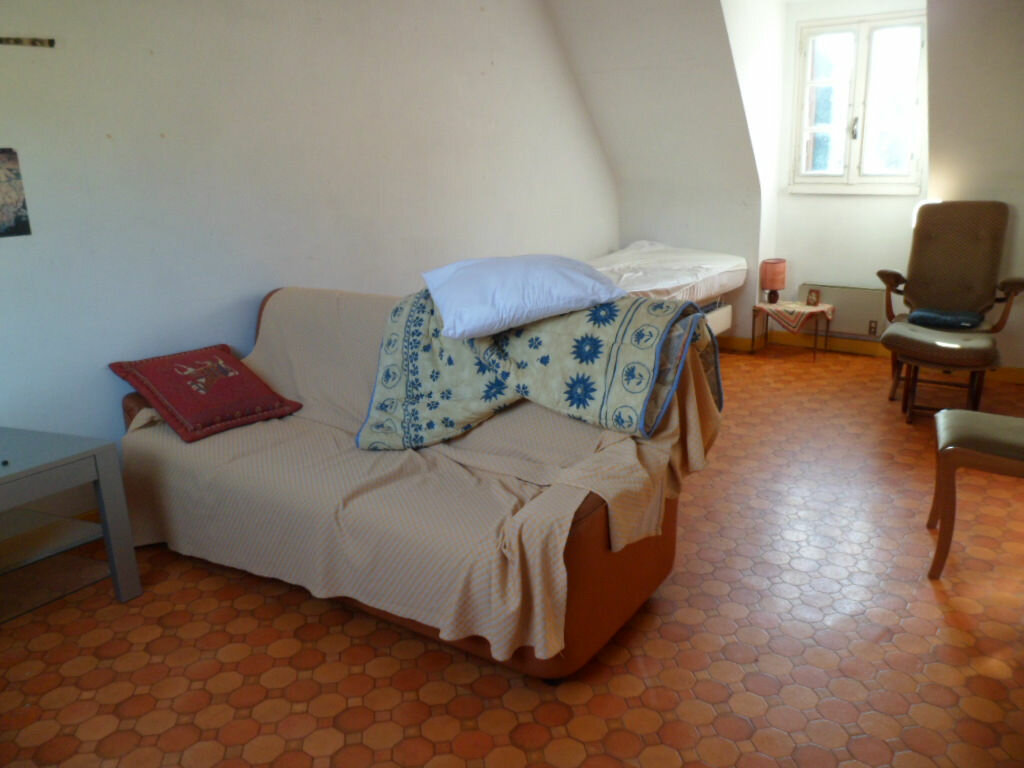 Achat Maison 7 pièces à Saint-Nicolas-du-Pélem - vignette-7