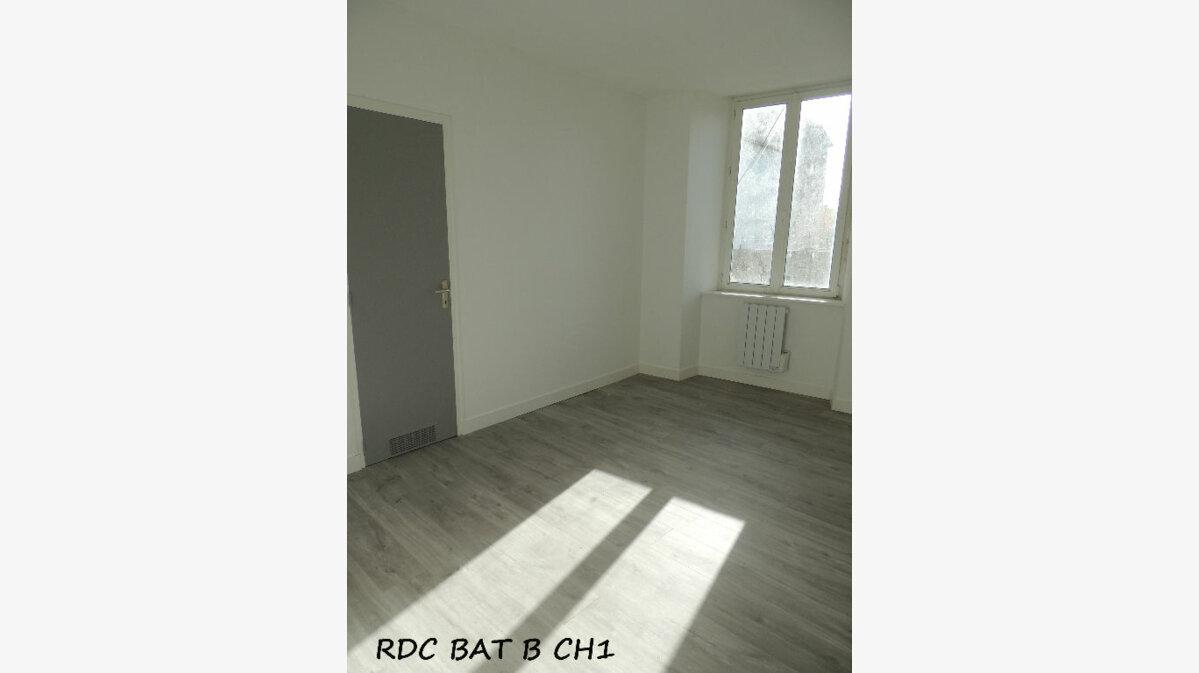 Location Appartement 3 pièces à Carhaix-Plouguer - vignette-3