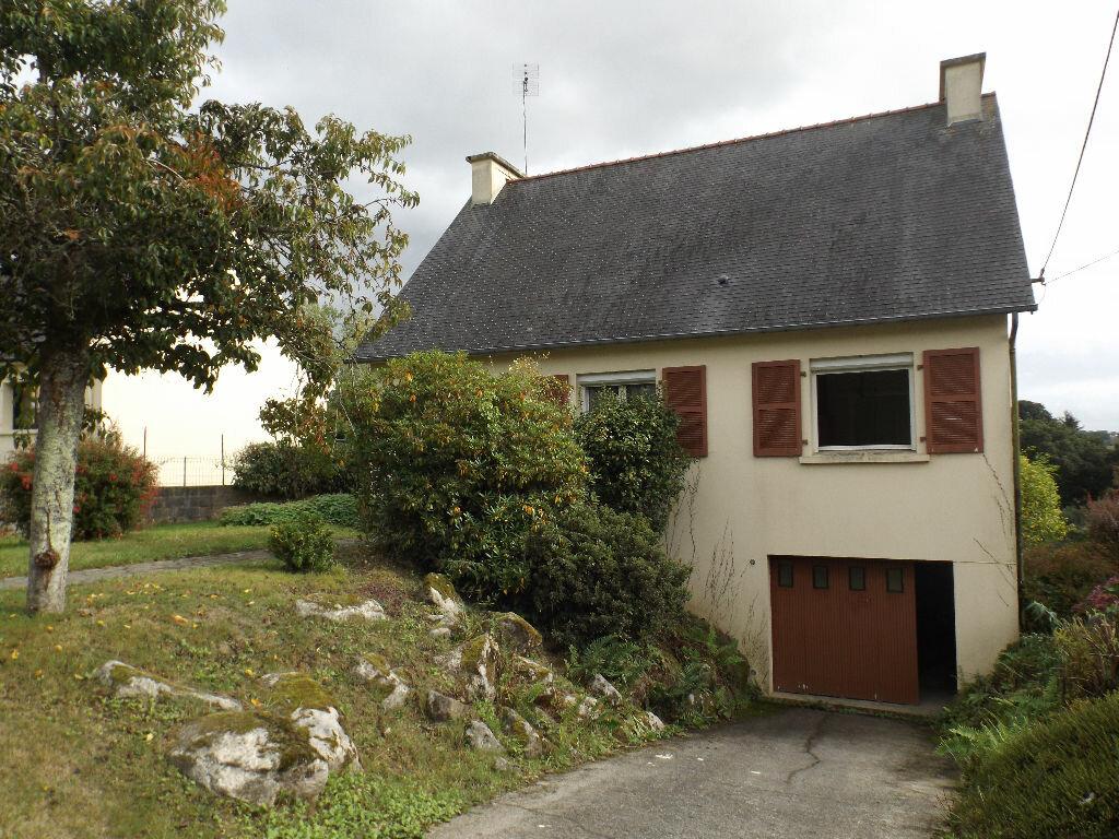 Achat Maison 4 pièces à Carhaix-Plouguer - vignette-1