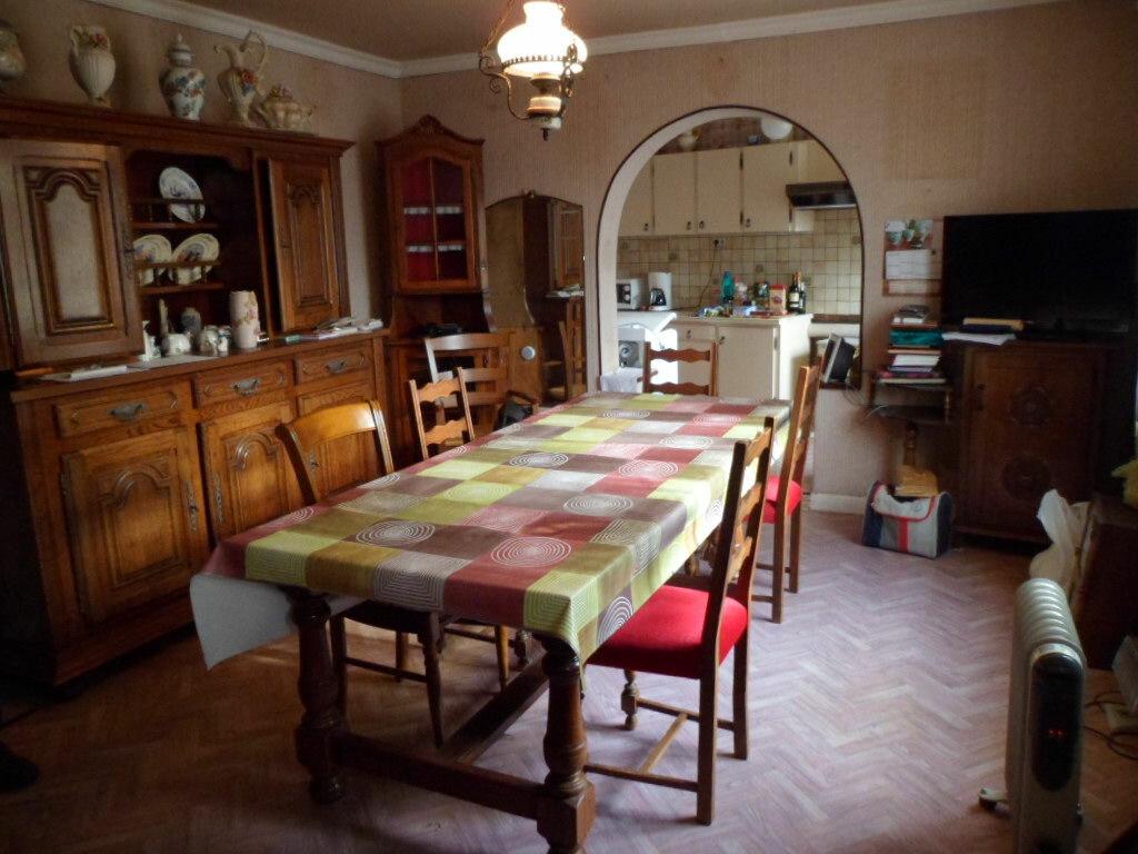 Achat Maison 6 pièces à Rostrenen - vignette-2