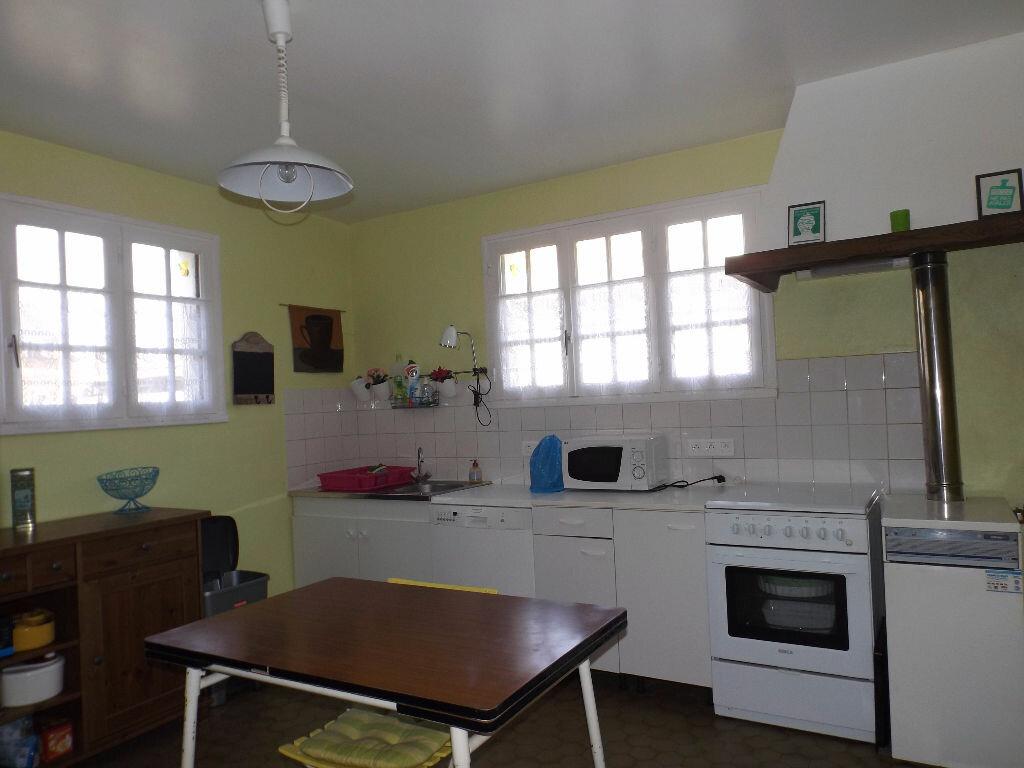 Achat Maison 7 pièces à Saint-Gilles-les-Bois - vignette-4