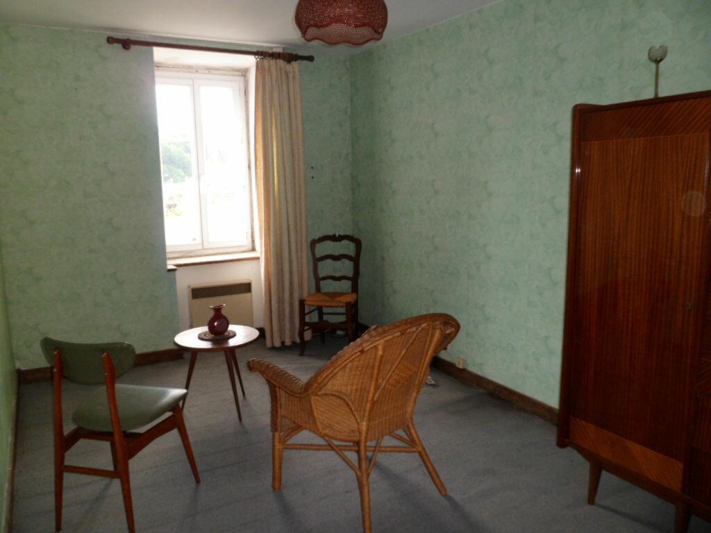 Achat Maison 4 pièces à Rostrenen - vignette-3