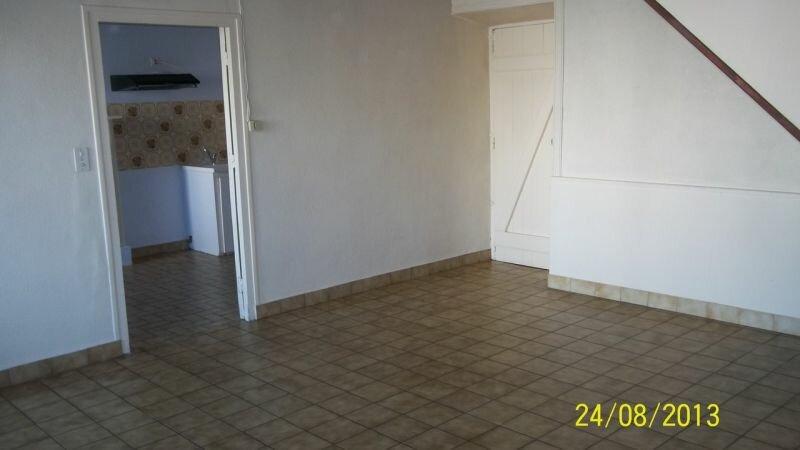 Location Maison 4 pièces à Paule - vignette-1