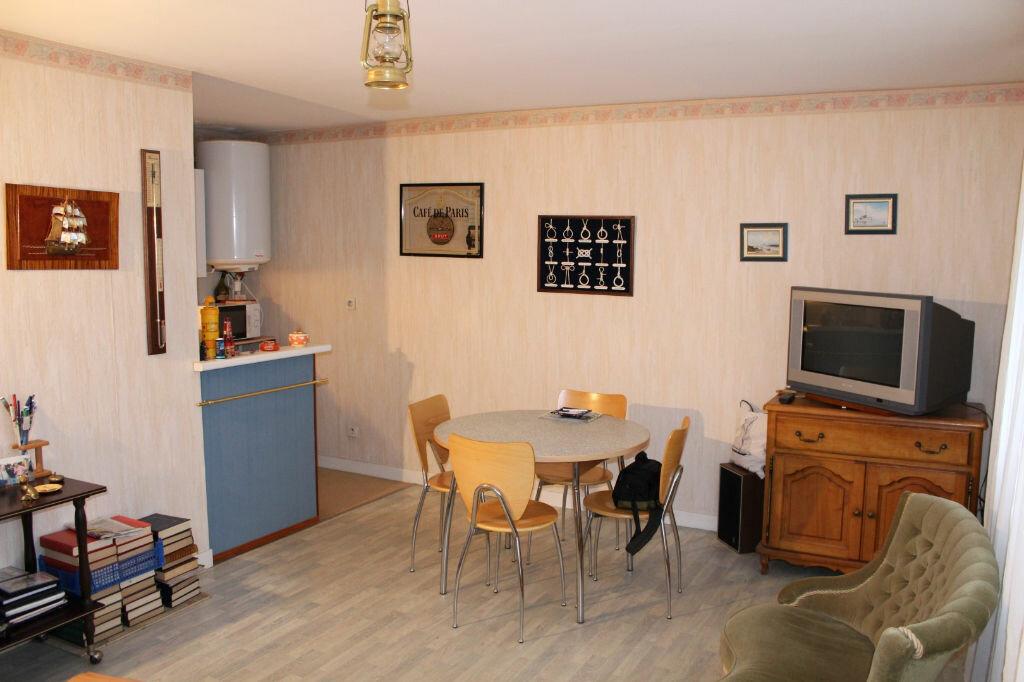 Achat Appartement 1 pièce à Saint-Quay-Portrieux - vignette-1