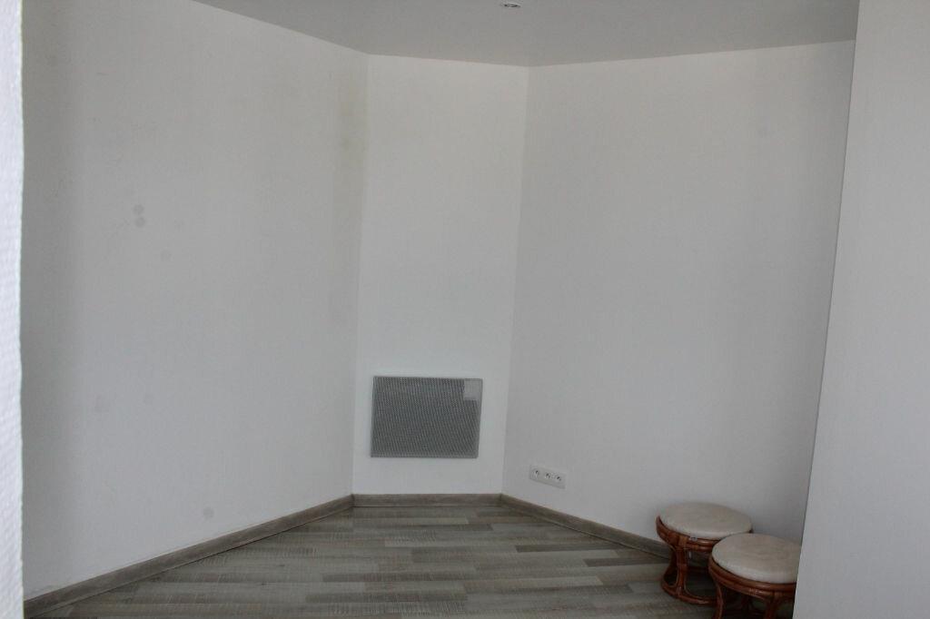 Achat Appartement 4 pièces à Saint-Quay-Portrieux - vignette-4