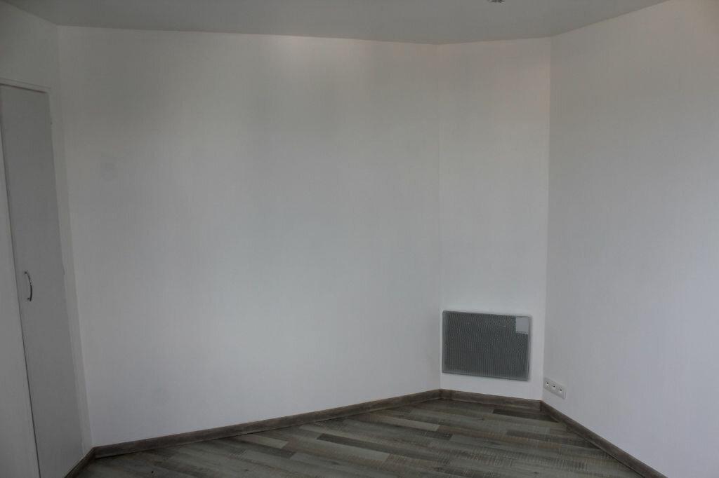 Achat Appartement 4 pièces à Saint-Quay-Portrieux - vignette-11