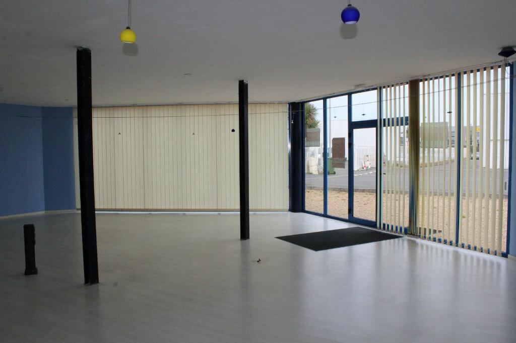 Achat Local commercial  à Étables-sur-Mer - vignette-9