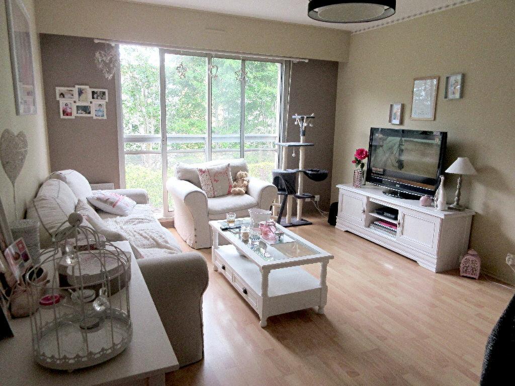 Location Appartement 2 pièces à Saint-Brieuc - vignette-1