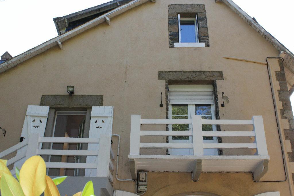 Location Appartement 4 pièces à Saint-Quay-Portrieux - vignette-1
