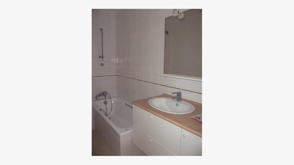 Location Appartement 3 pièces à Perros-Guirec - vignette-3