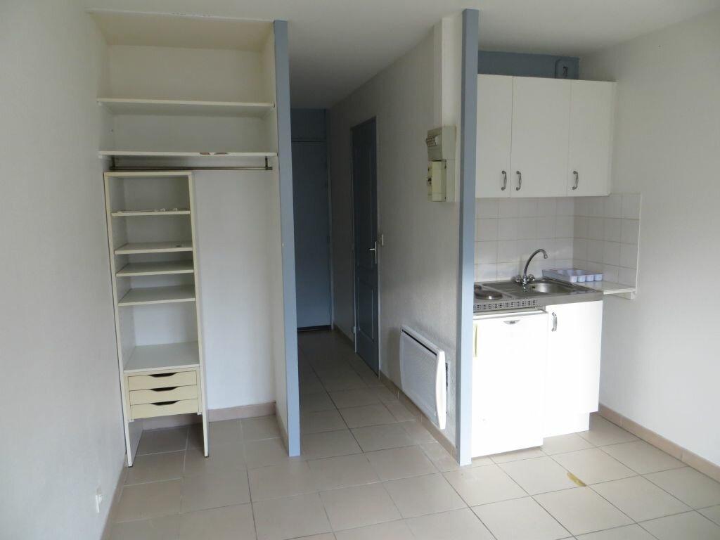 Location Appartement 1 pièce à Saint-Nazaire - vignette-1