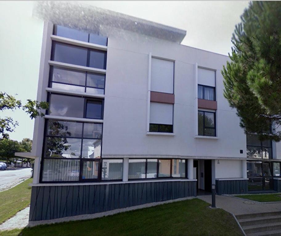 Achat Appartement 1 pièce à Saint-Nazaire - vignette-1
