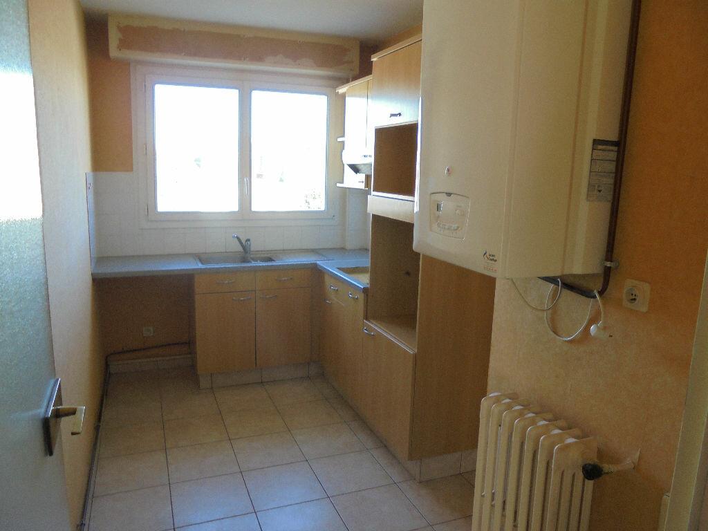 Location Appartement 3 pièces à Saint-Nazaire - vignette-3