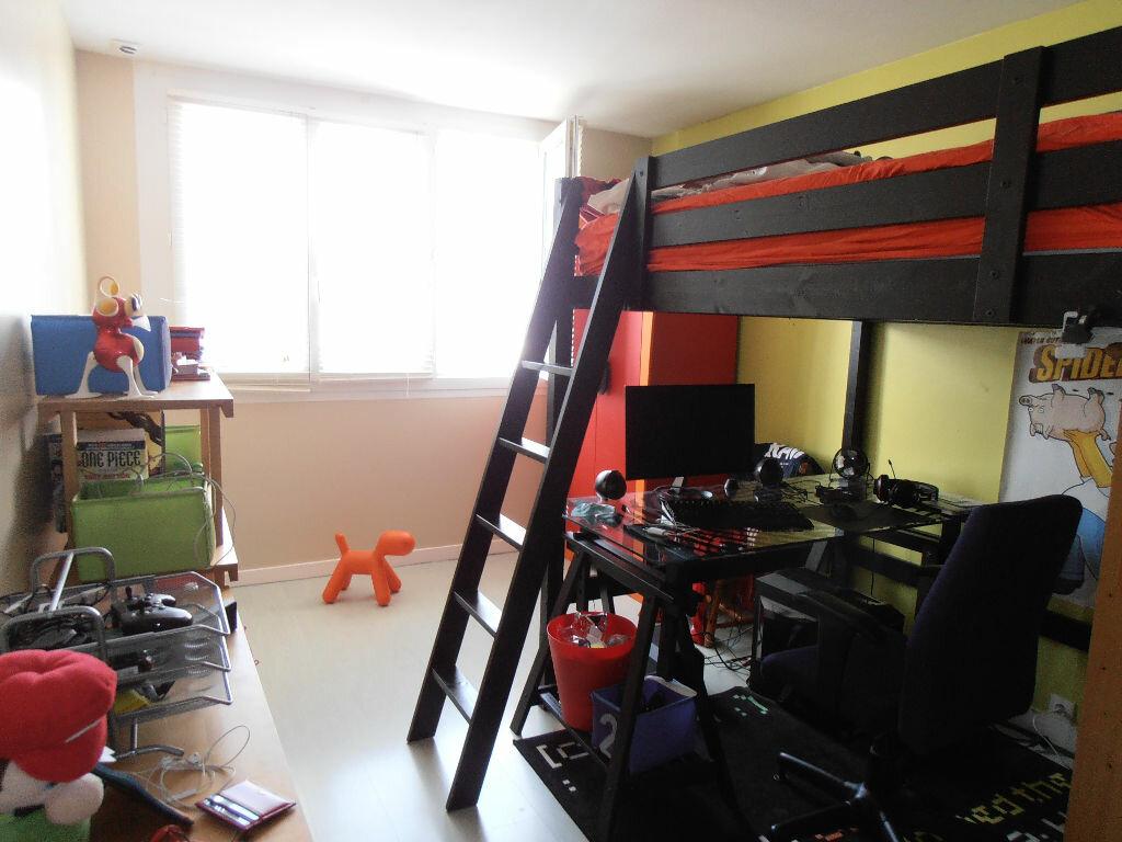Achat Appartement 4 pièces à Saint-Nazaire - vignette-5