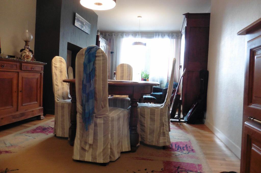 Achat Appartement 5 pièces à Auray - vignette-1