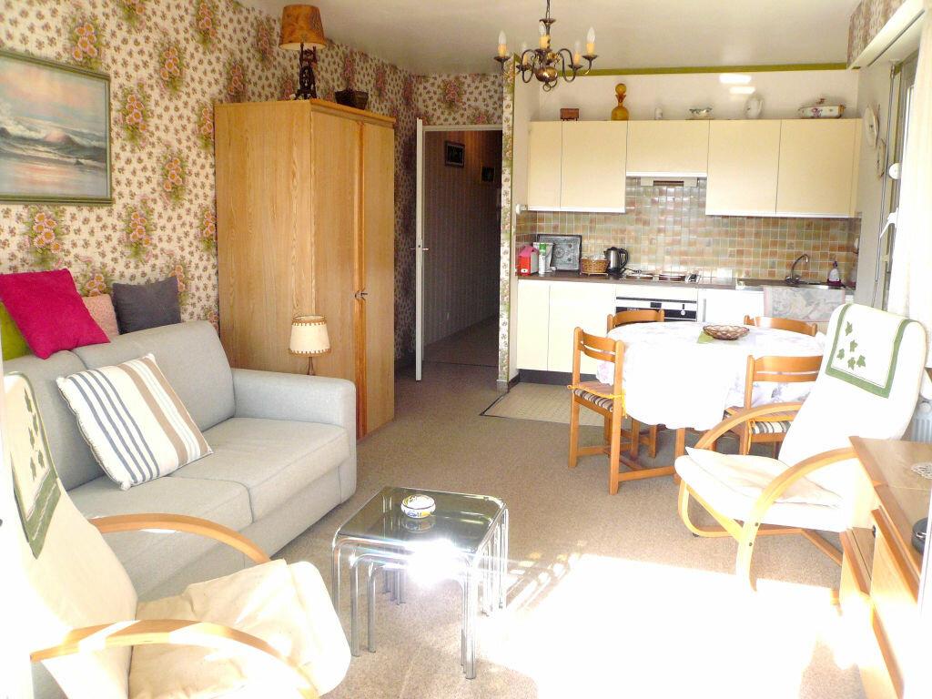 Achat Appartement 1 pièce à Cucq - vignette-2