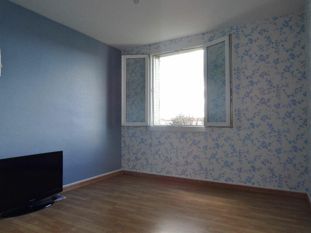 Achat Appartement 3 pièces à Castres - vignette-5