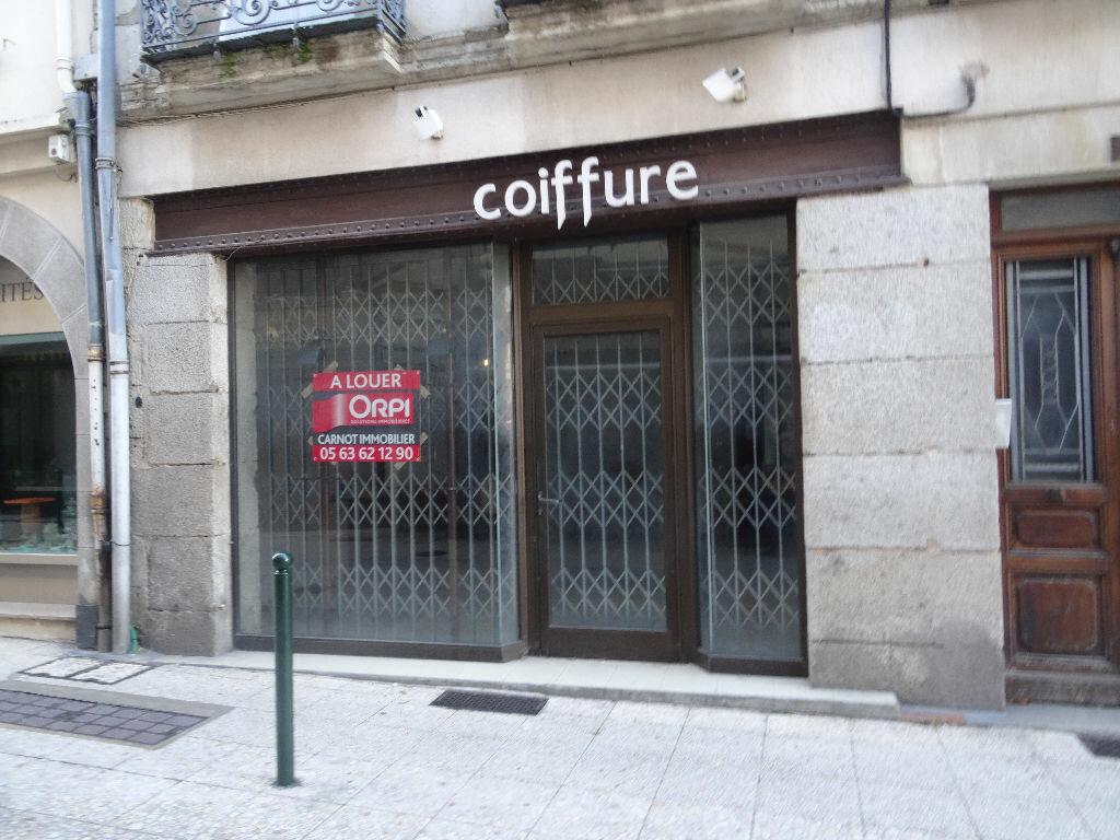 Location Local commercial  à Castres - vignette-1