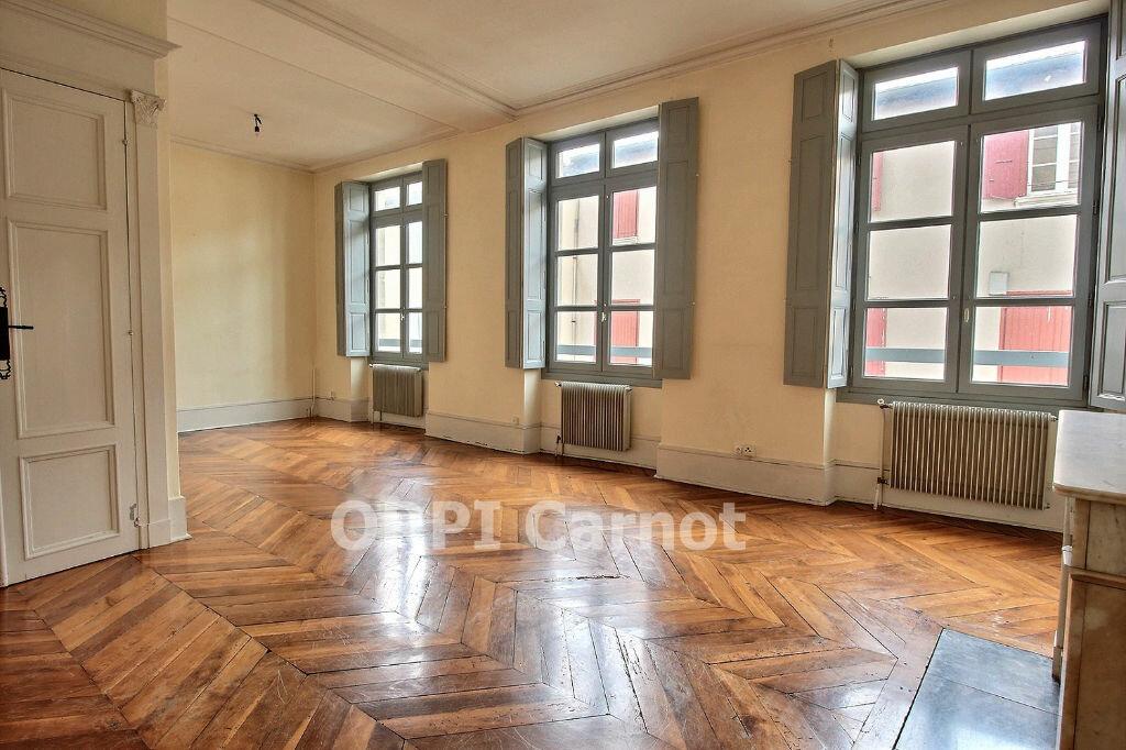 Location Appartement 6 pièces à Castres - vignette-1