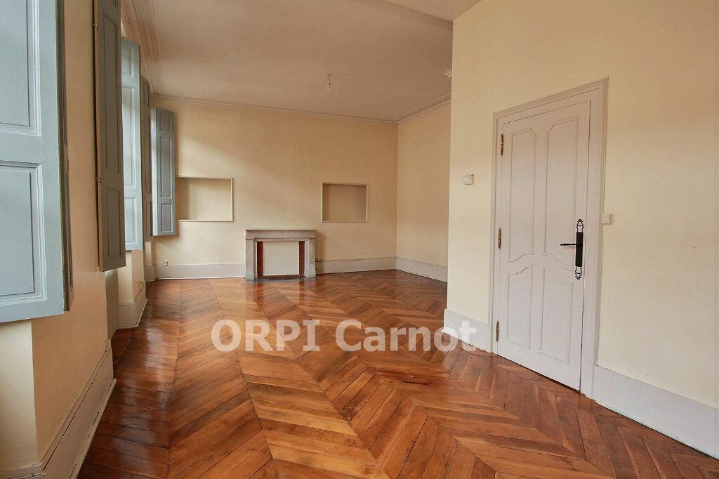 Location Appartement 6 pièces à Castres - vignette-2