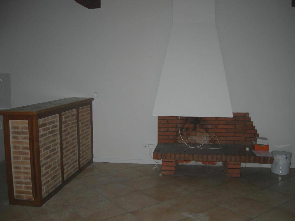 Location Appartement 3 pièces à Burlats - vignette-1