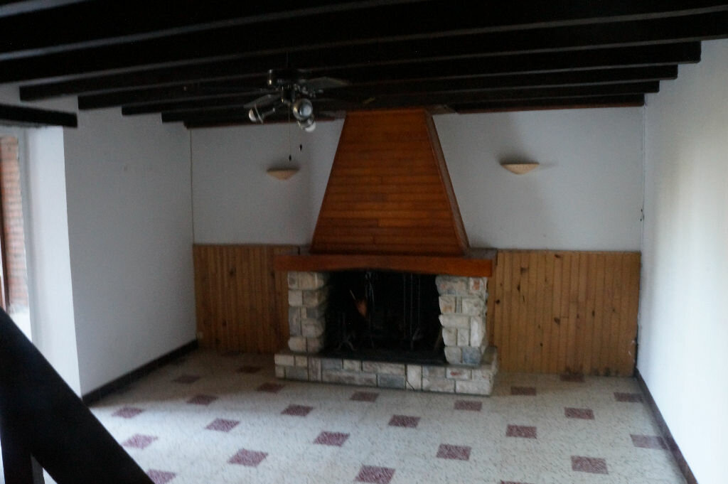 Location Maison 4 pièces à Lagardiolle - vignette-2