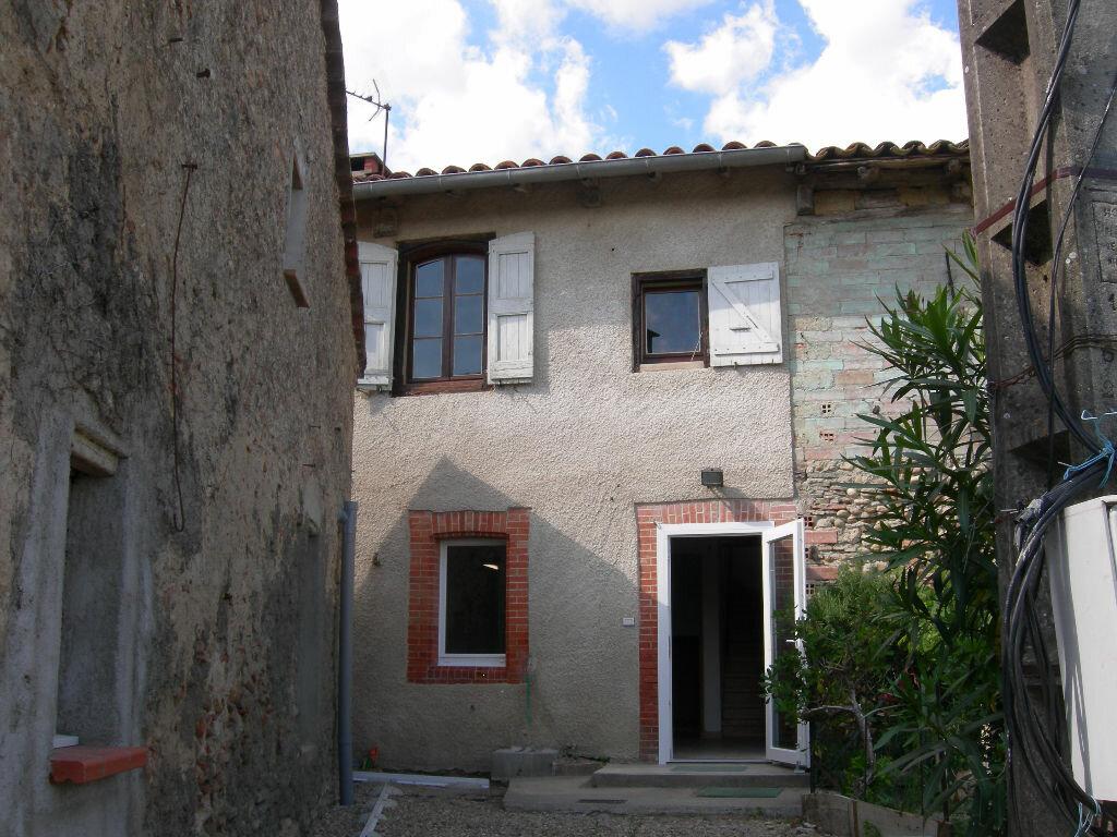 Location Maison 3 pièces à Serviès - vignette-1